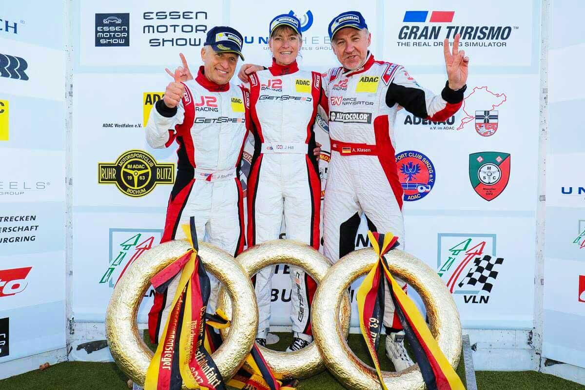 podium-doughnuts